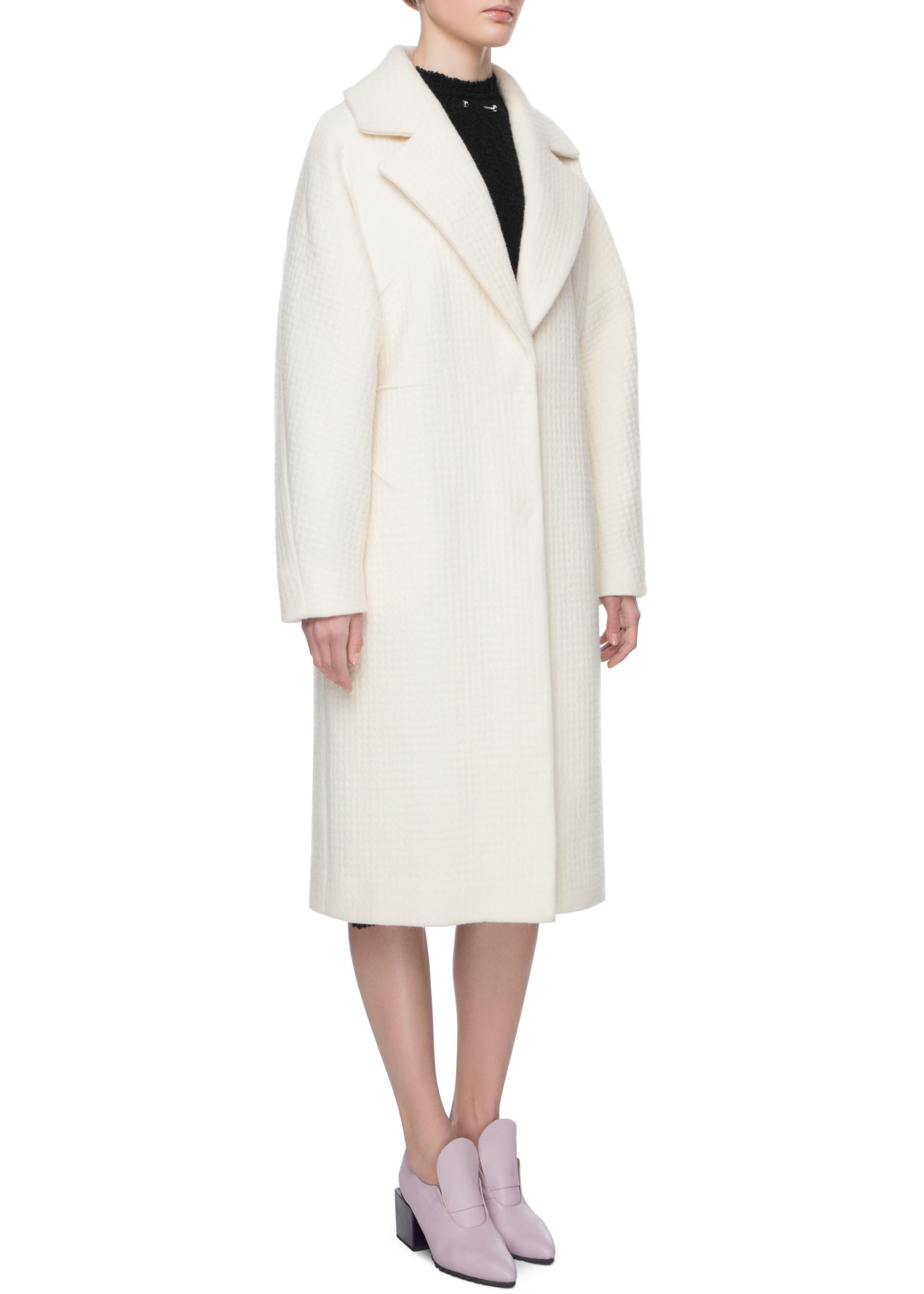 Удлиненное двубортное шерстяное пальто