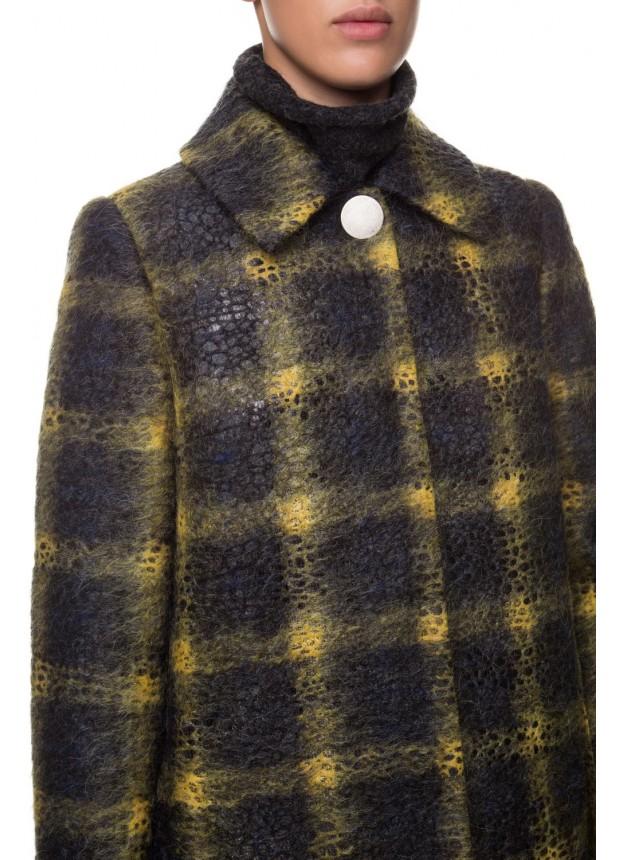 Шерстяное пальто в клетку